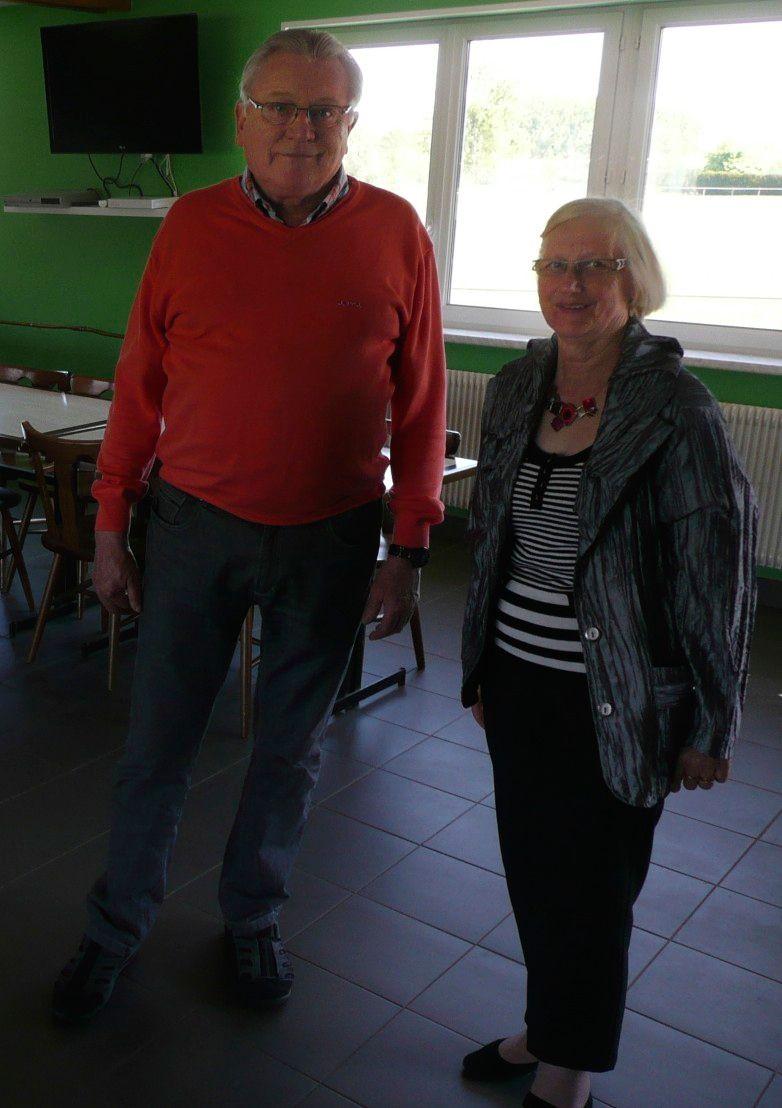 Mr le maire et Marie-Rose Hantz, au Cercle de Jeux de Monswiller  - Radio France