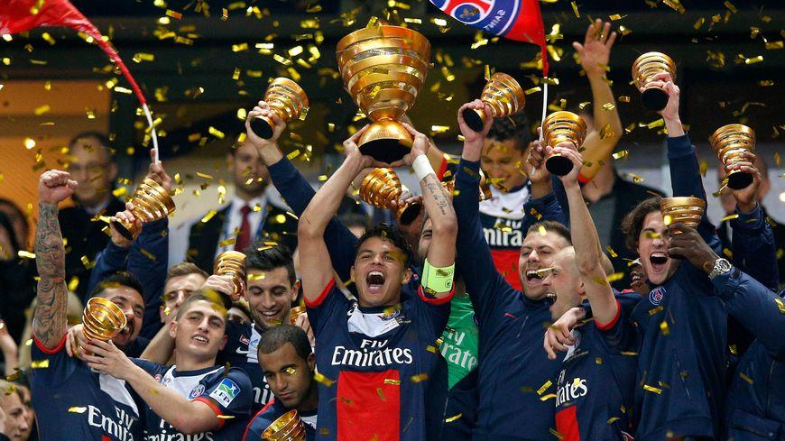 Le PSG et Cavani prennent leur revanche sur l'OL en s'offrant la Coupe de la Ligue