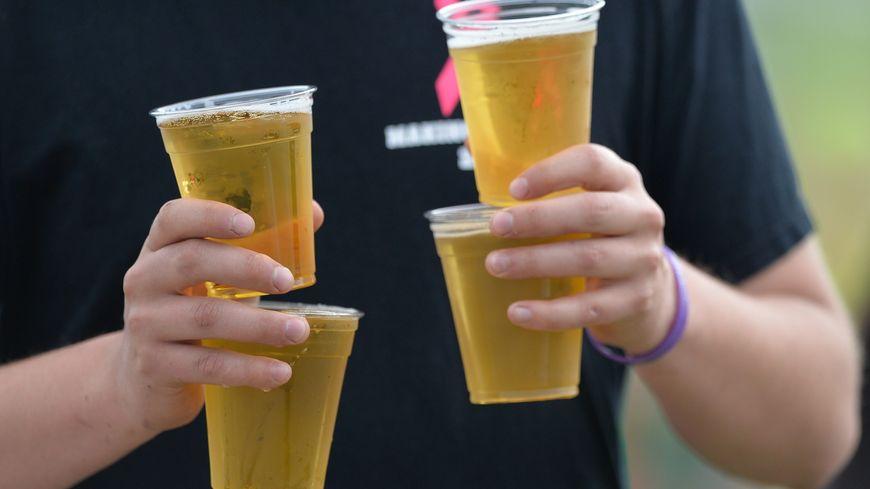 Un peu plus de quatre Français sur dix commandent de l'alcool dans les bars