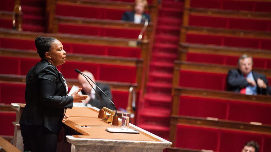 Christiane Taubira, à la tribune de l'Assemblée pour défendre la réforme pénale