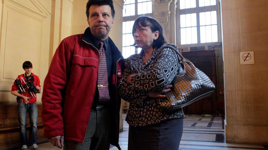 Sylvie et Dominique Mennesson, en avril 2011, parents de jumelles nées aux Etats-Unis d'une mère porteuse