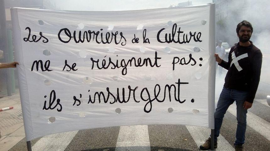 Les intermittents du spectacle poursuivent la lutte à Valence - Radio France