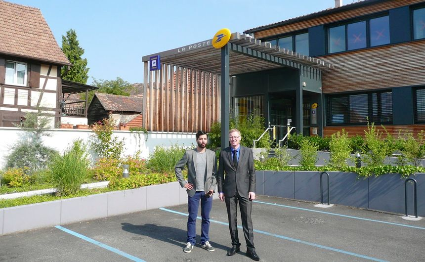 Mario Cecconi et mr le maire de Fegersheim - Radio France