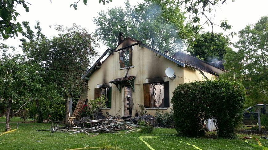 Incendie mortel dans une maison à Saint Astier.