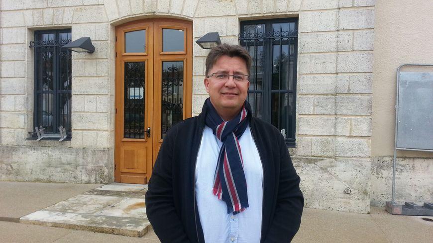 Luc Dervillé, élu maire de Salles en mars dernier