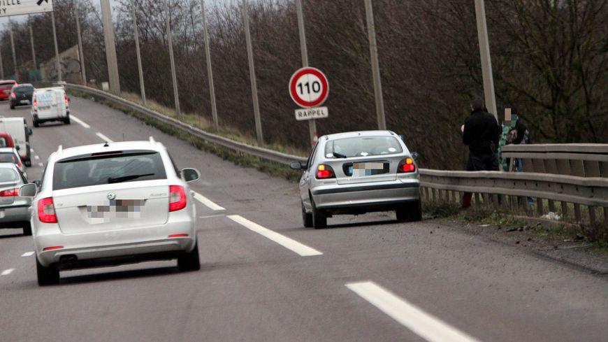 Frédéric Cuvillier veut ouvrir le débat sur l'utilisation des bandes d'arrêt d'urgence