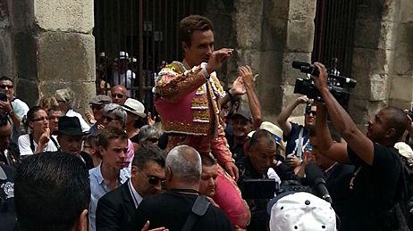 Sortie par la porte des Consuls pour Juan Bautista