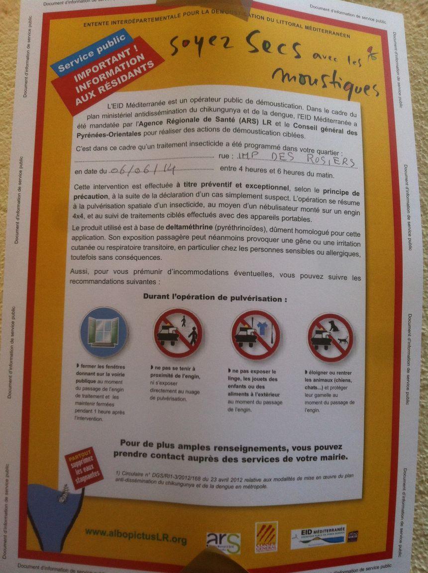 Des affichettes ont été aposées jeudi soir pour prévenir la population - Radio France - Charlotte Coutard