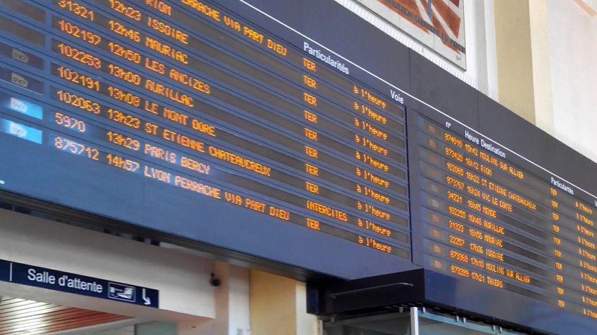 La circulation des trains devait reprendre ce lundi midi.