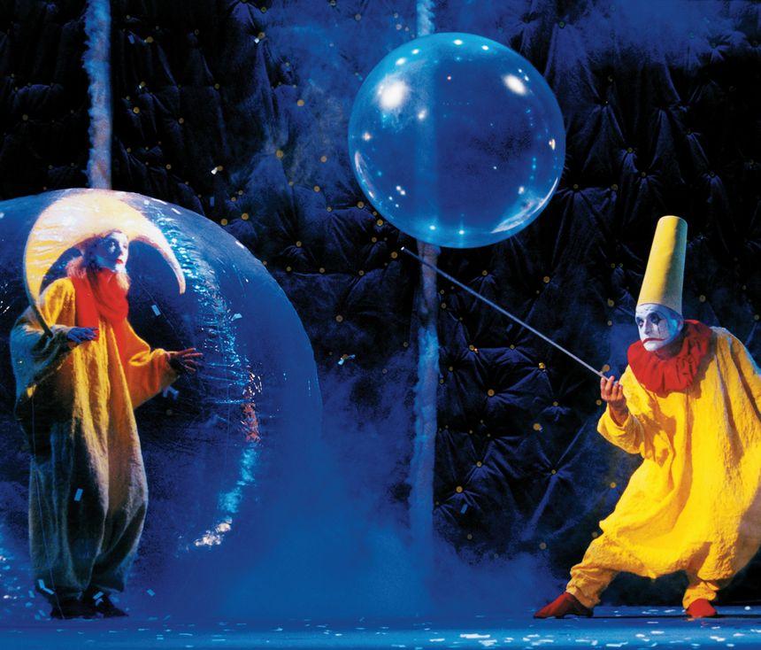 Le Slava's Snow Show - Pin Galant