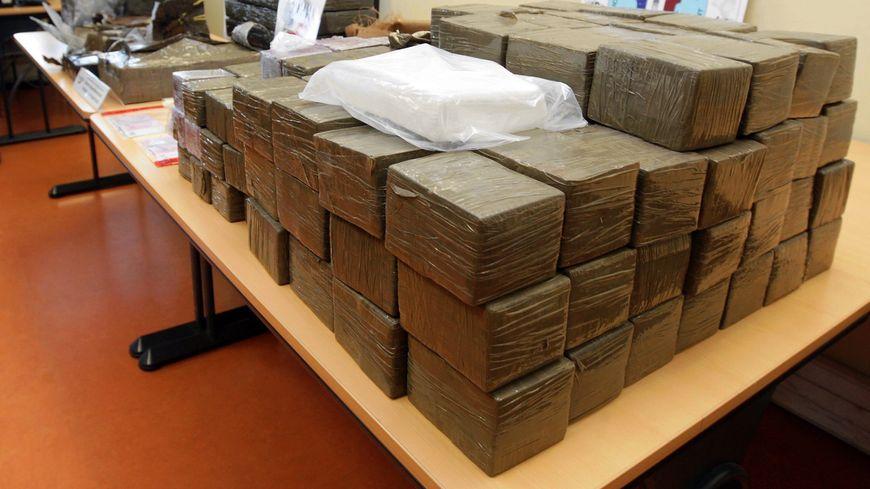 Une saisie de grande quantité de cannabis et d'héroïne (illustration).