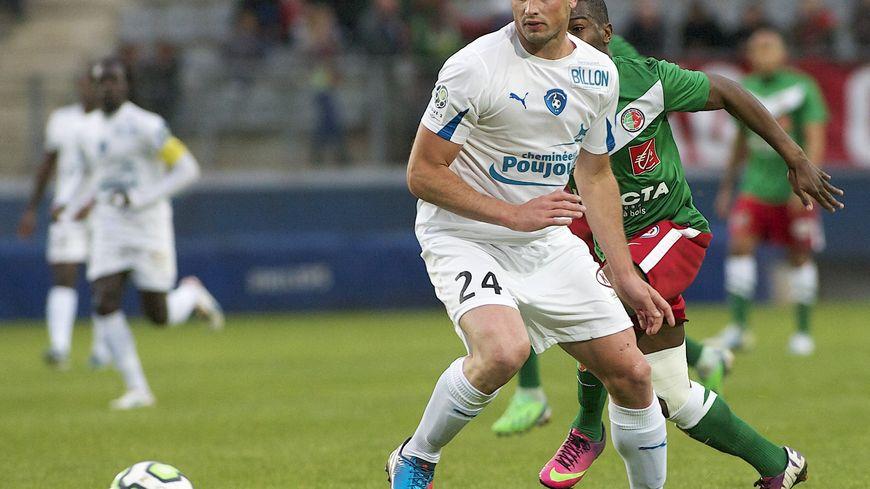 Nicolas Pallois sous le maillot de Niort