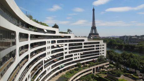 Tour Eiffel et vue sur Seine