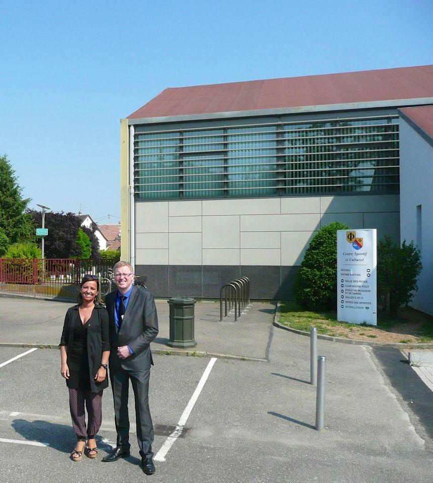 Ildiko Lorentz et mr le maire de Fegersheim - Radio France