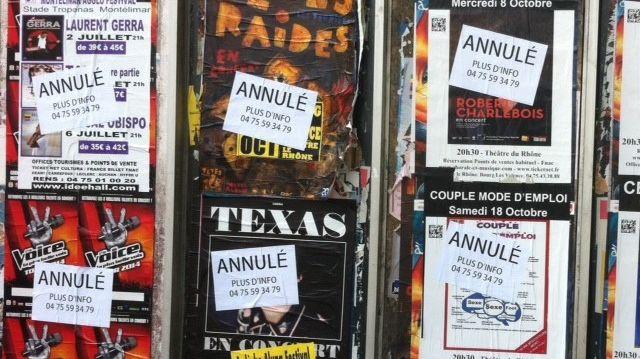Qui a taggé cette nuit toutes les affiches de spectacle sur Valence, le 2 juin 2014.