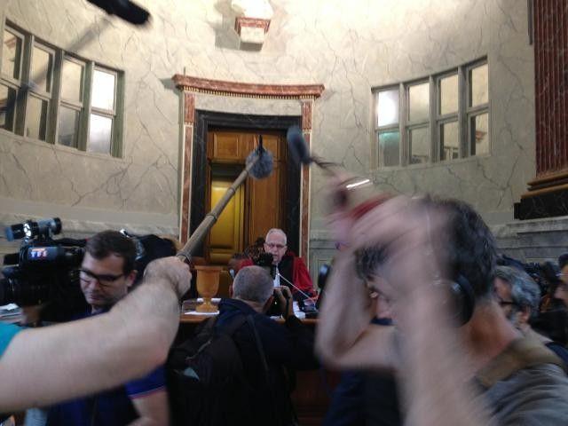 Le procès Bonnemaison s'est ouvert devant la Cour d'assises des Pyrénées Atlantiques devant de nombreux journalistes - Radio France