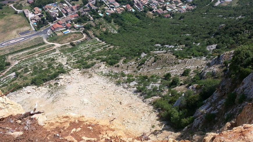 L'éboulement de la falaise de Crussol vu d'en haut