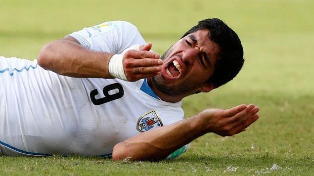 Mondial 2014 | Uruguay : procédures disciplinaires contre Suarez pour avoir mordu un adversaire