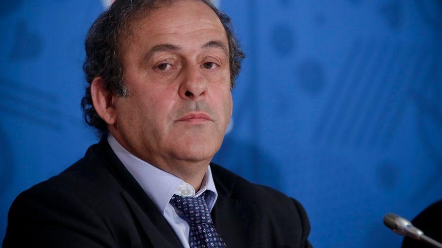 """Michel Platini veut un """"nouveau souffle"""" à la tête de la FIFA"""