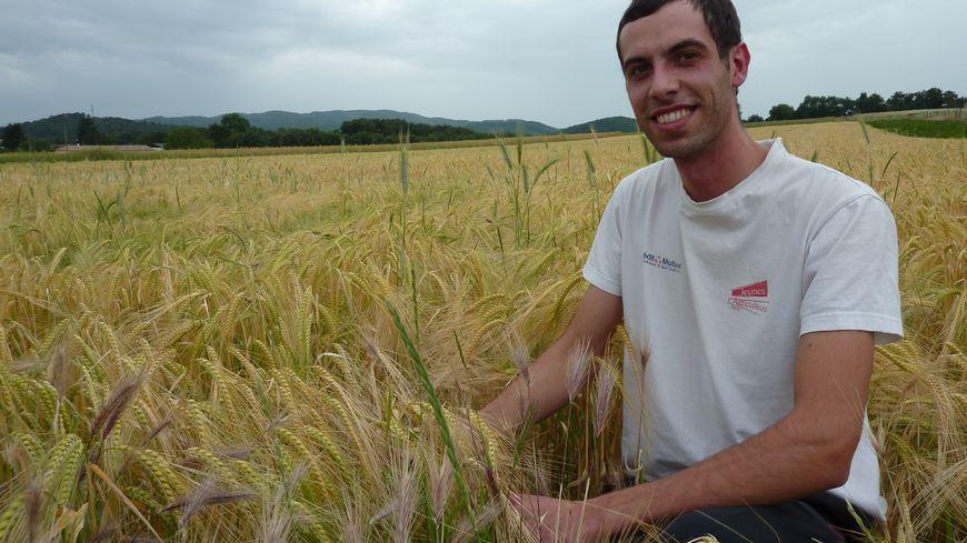 Sébastien Richaud, céréalier à Crest et secrétaire général de Jeunes agriculteurs dans la Drôme, le 4 juin 2014.
