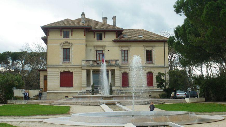 La mairie du Pontet