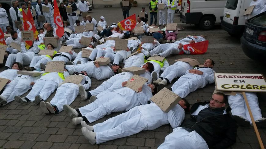 Luché- Pringé: les salariés de Gastronome manifestent contre la fermeture de leur usine