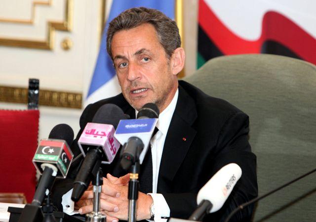 Nicolas Sarkozy lors d'une conférence de presse à Tripoli en Libye.