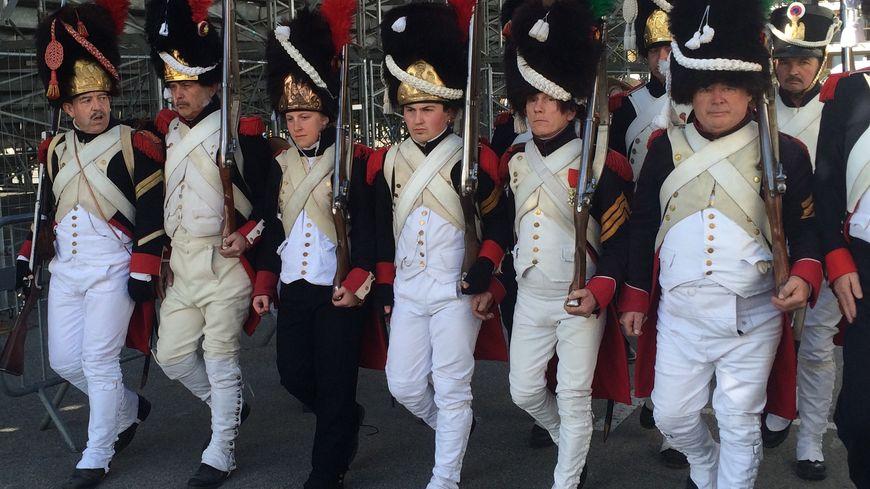 L'infanterie napoléonienne reconstituée à Golfe-Juan