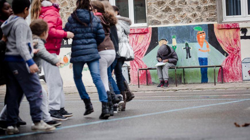 La cour de récréation d'un collège (photo d'illustration)