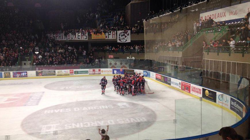 Les Boxers de Bordeaux fêtent leur qualification pour la finale