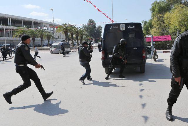Attaque contre un musée à Bardo, à côté du Parlement tunisien.