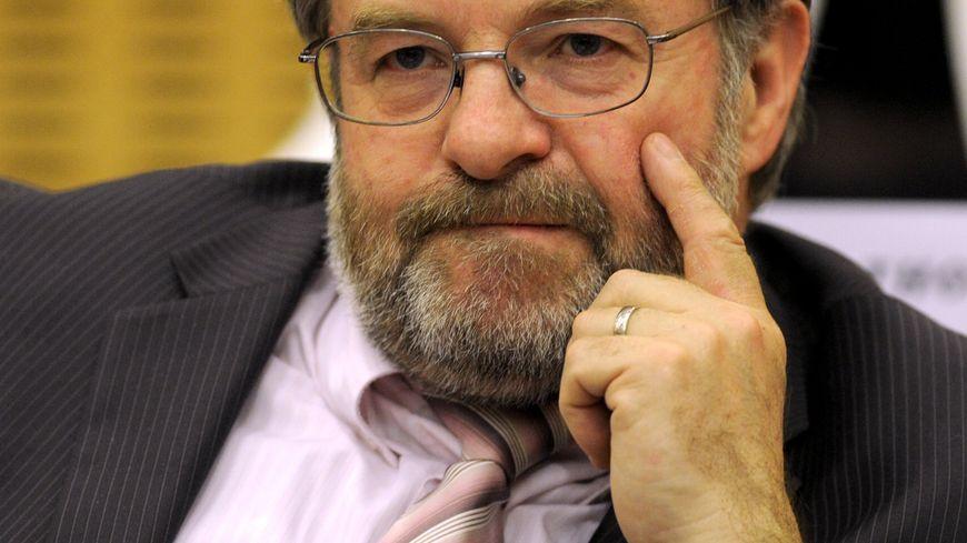 Jean-Pierre Liouville (PS).