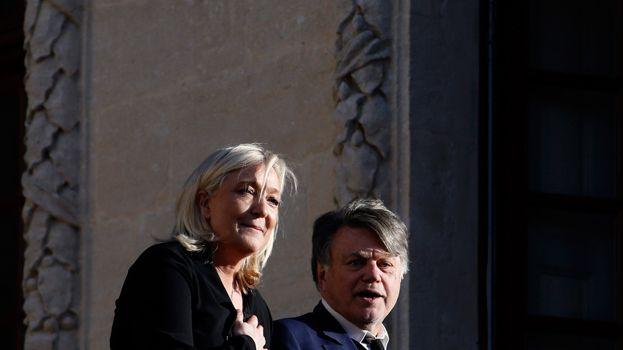 Marine Le Pen et Gilbert Collard le 11 janvier 2015 à Beaucaire (Gard)