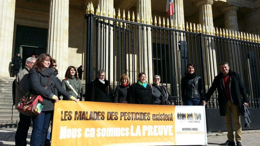 L'association Phyto victimes est venue apporter son soutien à Marie-Lys Bibeyran