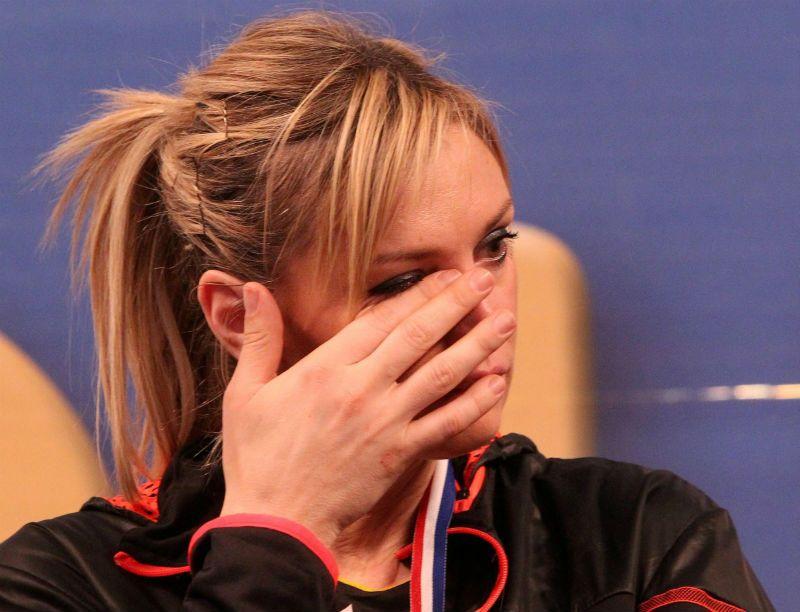 Les larmes de la capitaine cannoise, l'emblématique Victoria Ravva - MaxPPP