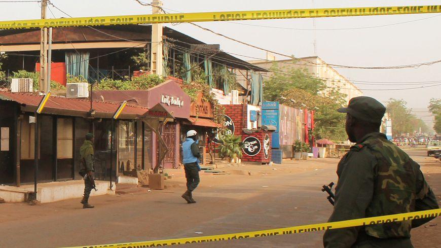 Le restaurant La Terrasse, très fréquenté par les expatriés, a été la cible de cette attaque à Bamako, la capitale du Mali