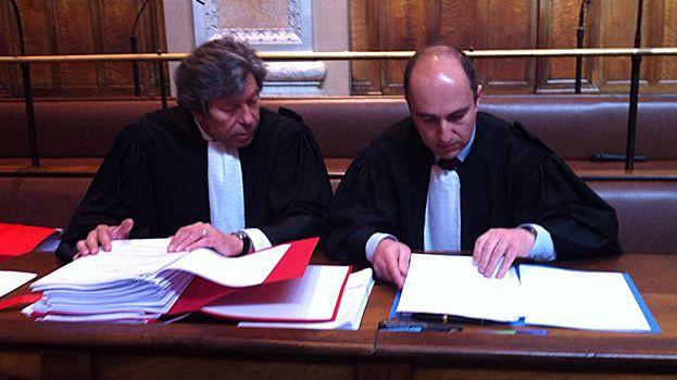 Les deux avocats historiques de Christian Iacono, G. Baudoux et D. Romeo, veulent obtenir l'acquittement de leur client.