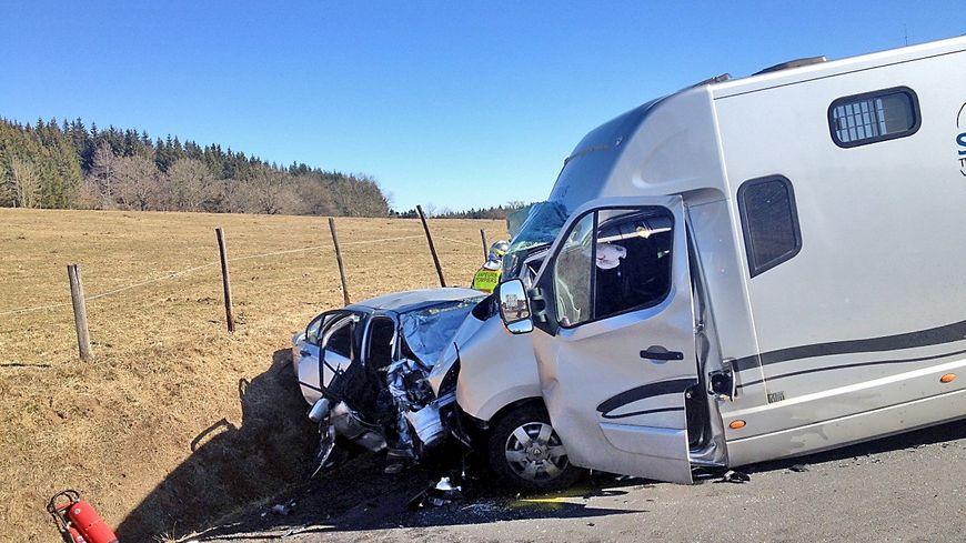 Deux ardéchois tués dans un accident de la route en Haute-Loire
