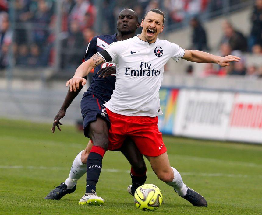 Le PSG s'incline à Bordeaux malgré un doublé d'Ibrahimovic - Reuters