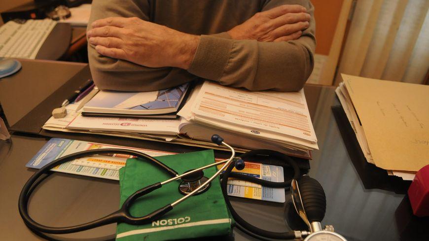 Les médecins sont opposés à la généralisation du tiers payant à tous d'ici 2017.