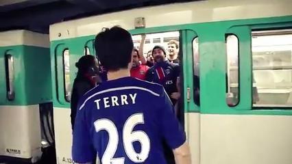 VIDEO - Des fans du PSG parodient les supporters racistes de Chelsea
