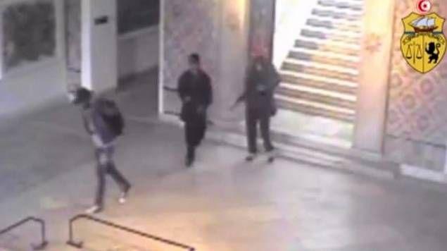 La vidéo diffusée par le ministère de l'Intérieur tunisien montrant les terroristes dans le musée du Bardo