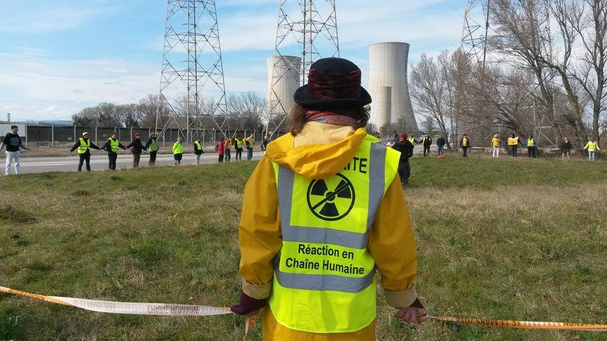 Les anti-nucléaires ont une nouvelle fois demandé la fermeture du Tricastin et de toutes les centrales françaises