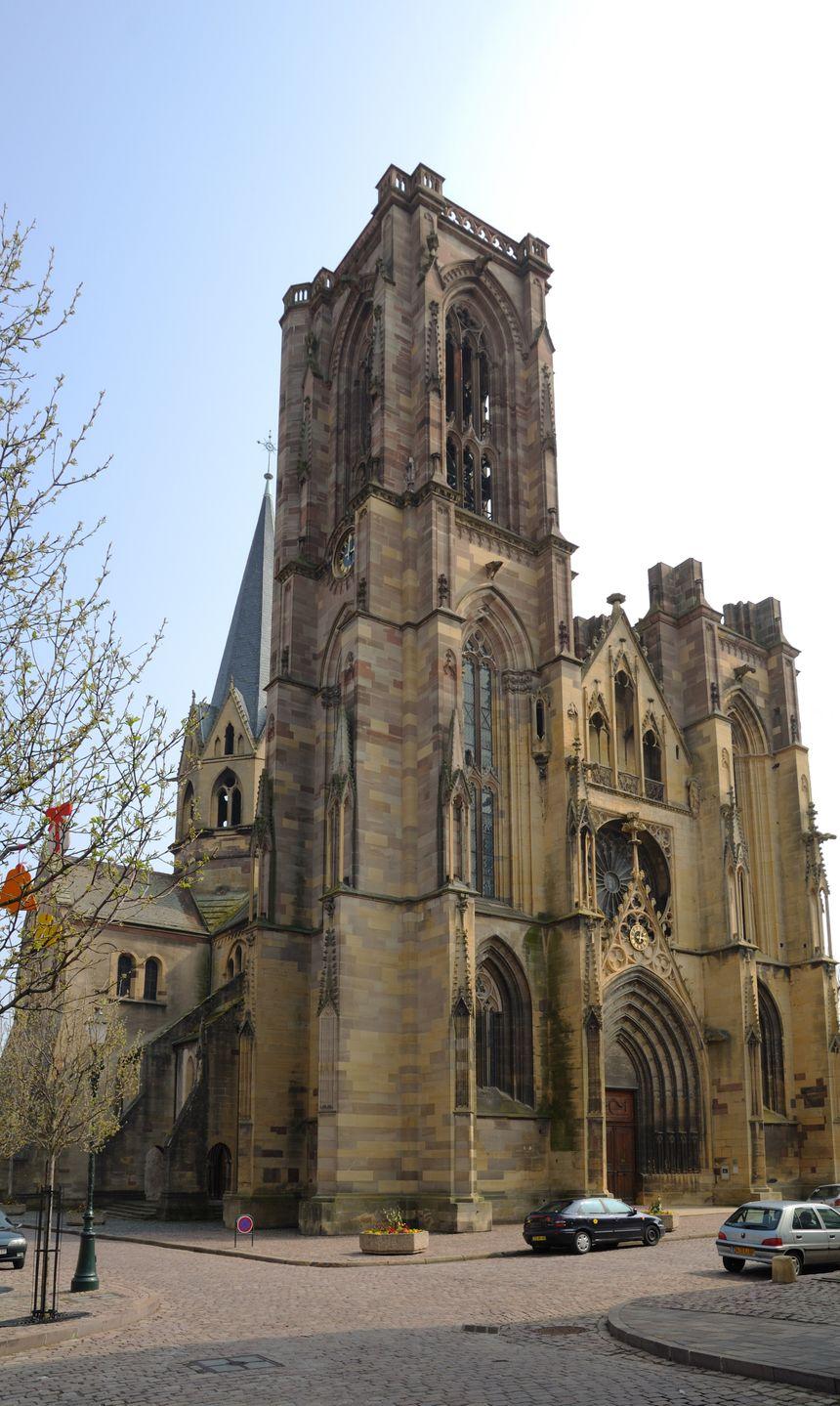 L'église de Rouffach, bâtie par Woelfelin - Creative commons