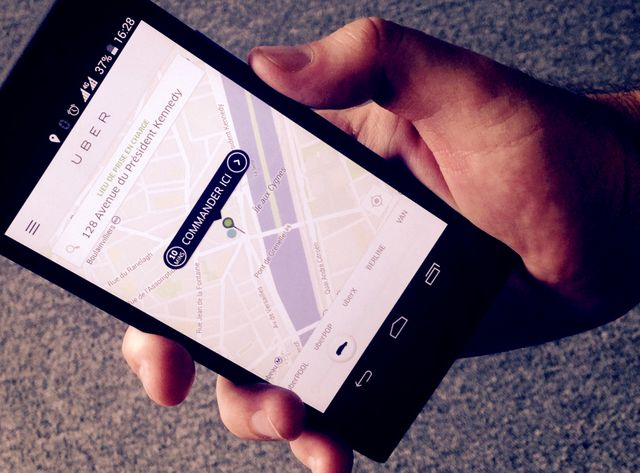 L'application Uber permet de commander un VTC