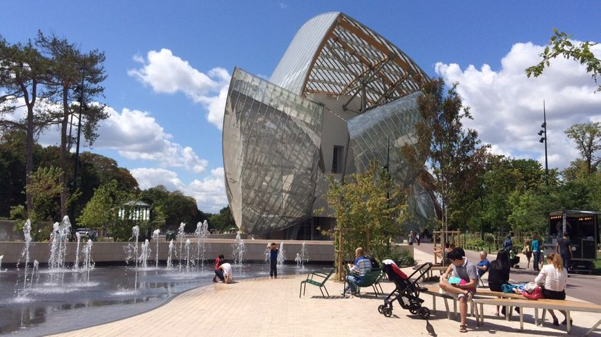 paris la fondation louis vuitton booste le jardin d