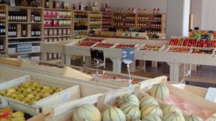 La Coop Paysanne, magasin de producteurs locaux a ouvert depuis le 13 août 2015 à Lormont