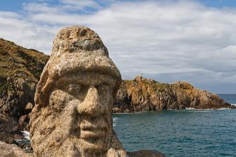 Breizh Bretagne monument statue