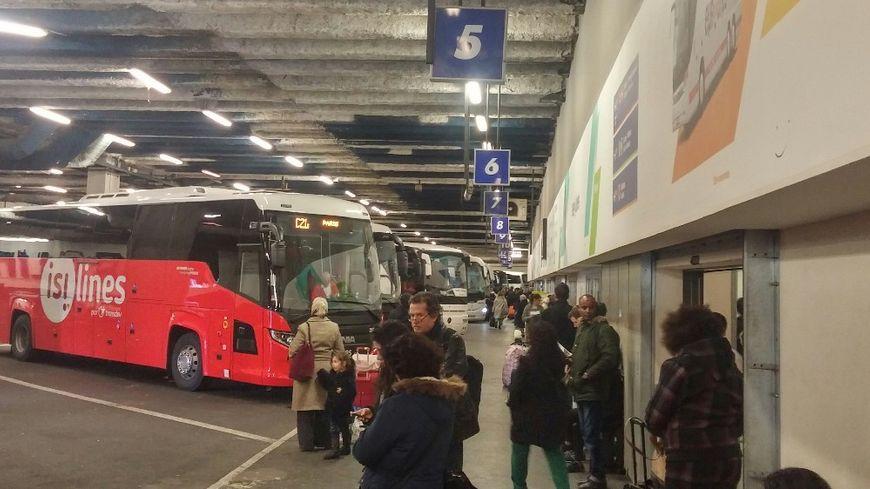 La gare routière internationale de Paris accueille de plus en plus de voyageurs