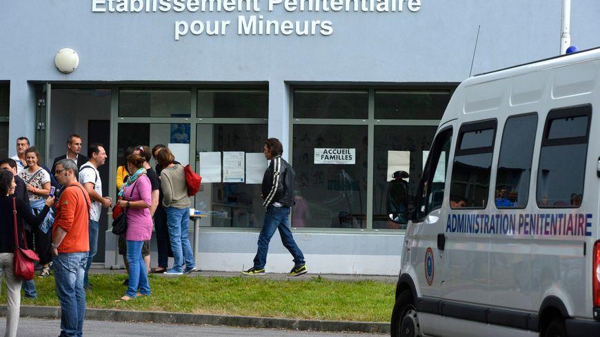 Nantes incidents la prison pour mineurs - Dans la cuisine nantes ...